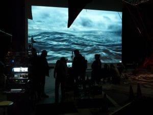 56 m² Großbildprojektion mit einem 2K Beamer / FullHD Kinoprojektor im Cinegate Studio für die ARD Fernsehserie Der Tatortreiniger